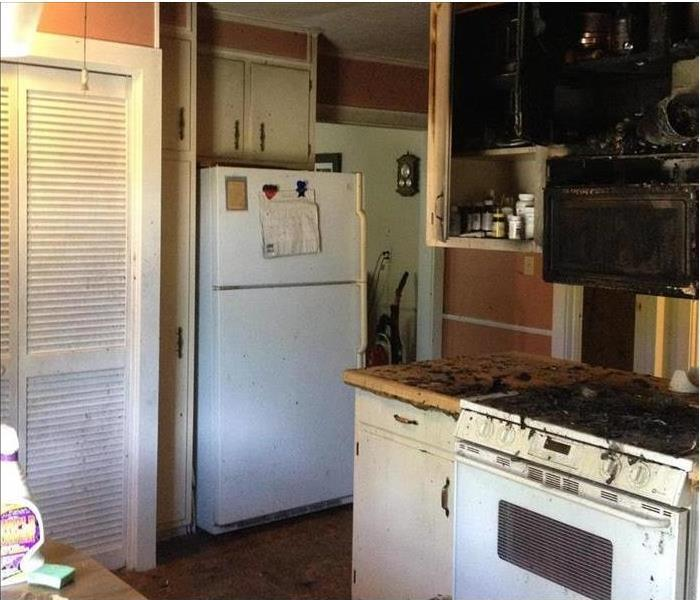 Kitchen Fire- Reconstruction by SERVPRO of Pascagoula Before